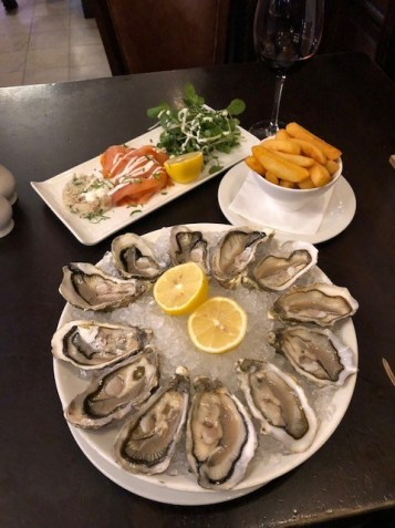 Fantasy Aisle, Cafe Royal Oyster Bar, Oysters and Smoked Salmon a local specialty in Edinburgh