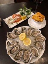 Fantasy Aisley, Specialty of the house, Oysters 9and Whisky)! At the Cafe Royal Circle Bar