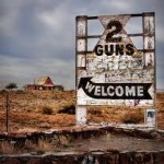 Two-Guns-Sign