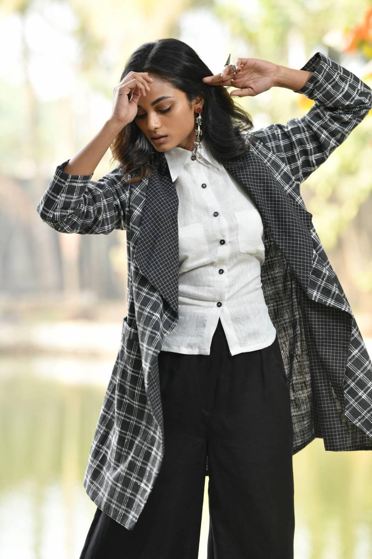 Long Black & White Chk Jacket