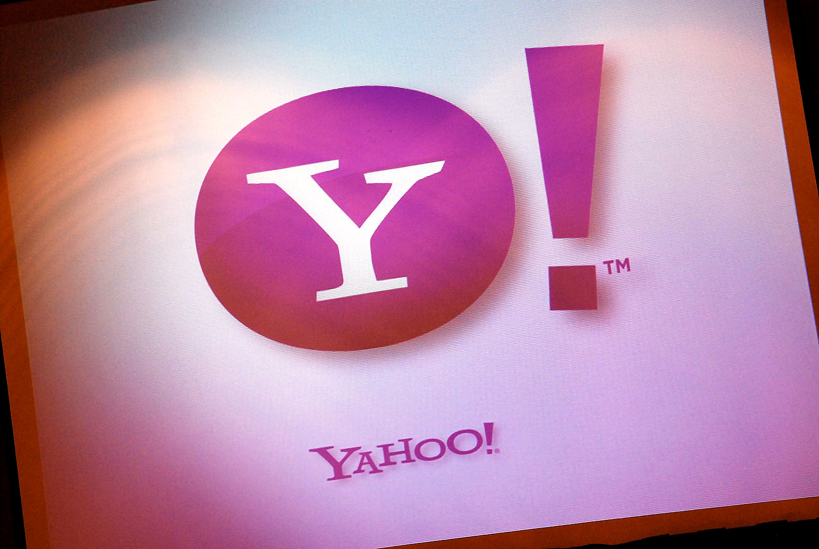 Verizon Renegotiates Yahoo Deal, Gets A $350 Million Discount