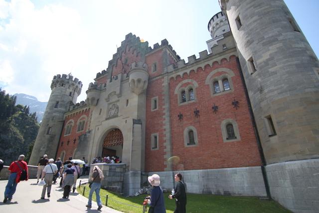 德國Neuschwanstein新天鵝堡真實迪士尼城堡 – Fapoon 花盆旅遊歷誌