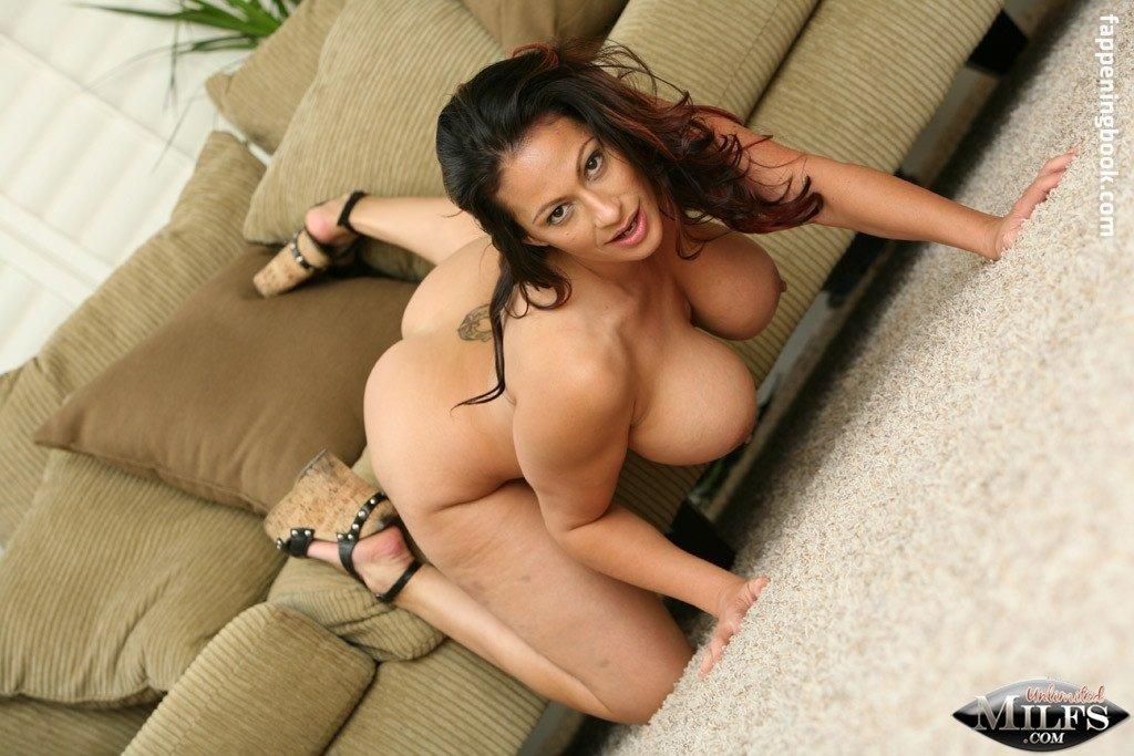 Lana Lotts Nude