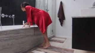 April O'neil Takes A Bath And Takes A Dick