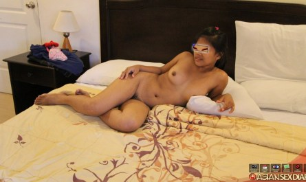 Chubby Filipina virgin naked on bed