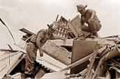 Imagenes del terremoto de Caracas ocurrido el 29 de julio de 1967. Operaciones de rescate.