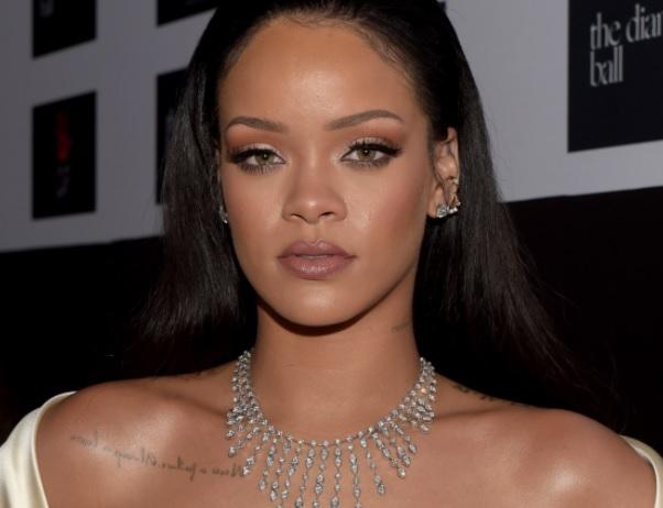 -El Porqué de la unión entre Mia Khalifa y Rihanna-