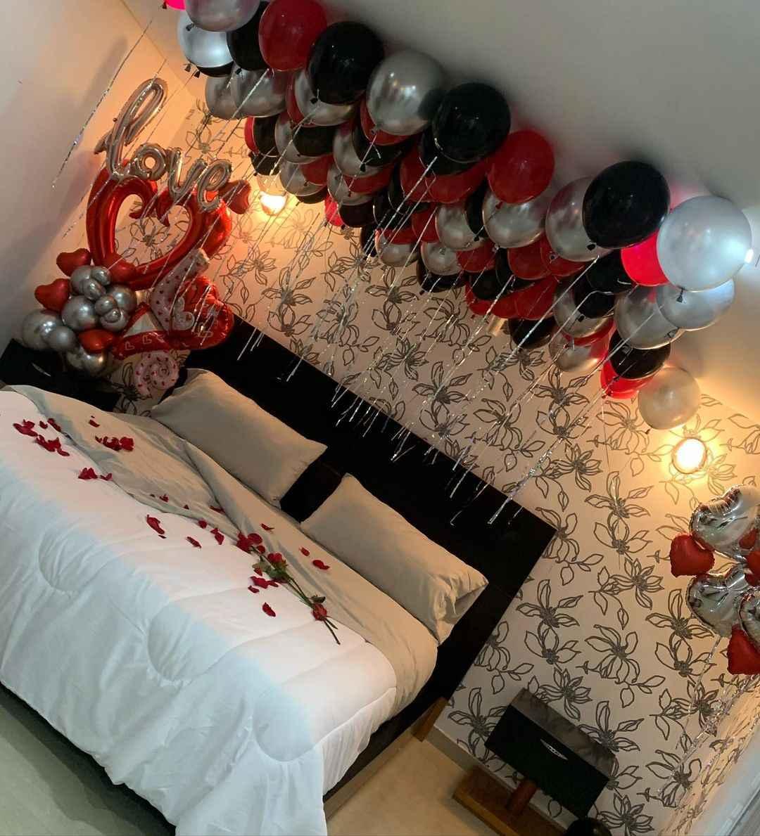 habitacion de Nacho y Melany Mille decorada el 14 de febrero 1