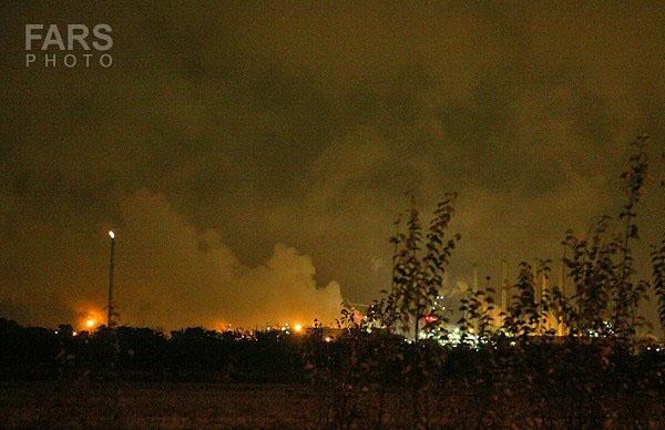 93825 158  آتش سوزی در پالایشگاه نفت تهران