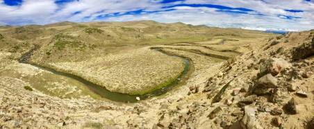 Spring Creek – A spring fed creek that flows within walking distance of Lago Toro and all the way down past the estancia. Fishes consistently year round. I was amazed to see anglers sight fishing for rainbows up to 10 lbs. from this fun little creek.