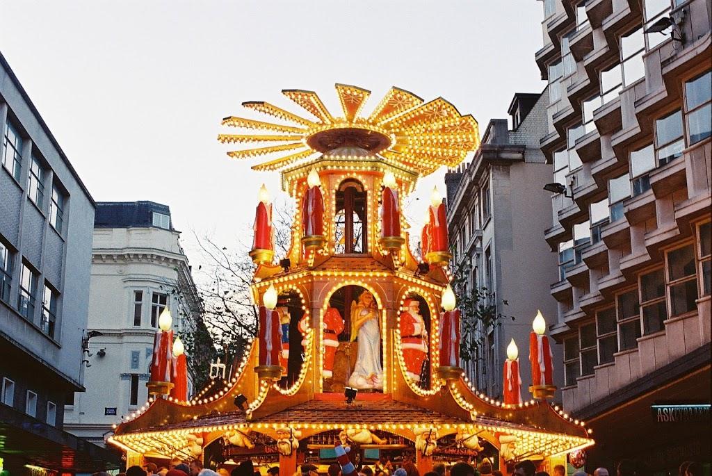 Top 5 UK Destinations for a Christmas Break