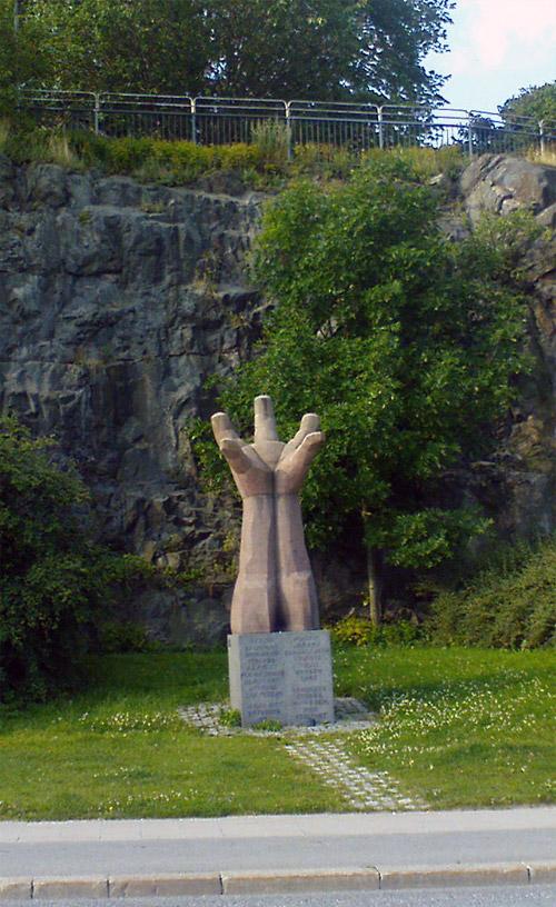 Monumentet La Mano av Liss Eriksson och Göran Lange