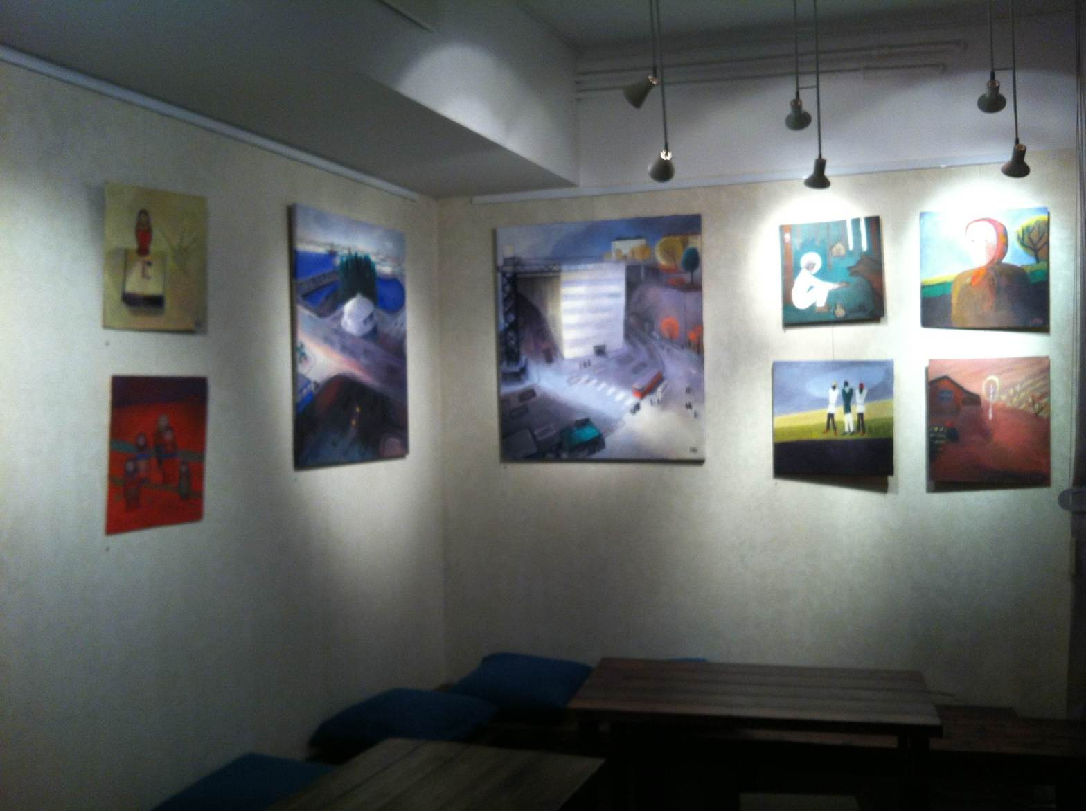 Margareta Helin ställer ut hos Farbror Nikos café och galleri på Katarinavägen 19 i Stockholm