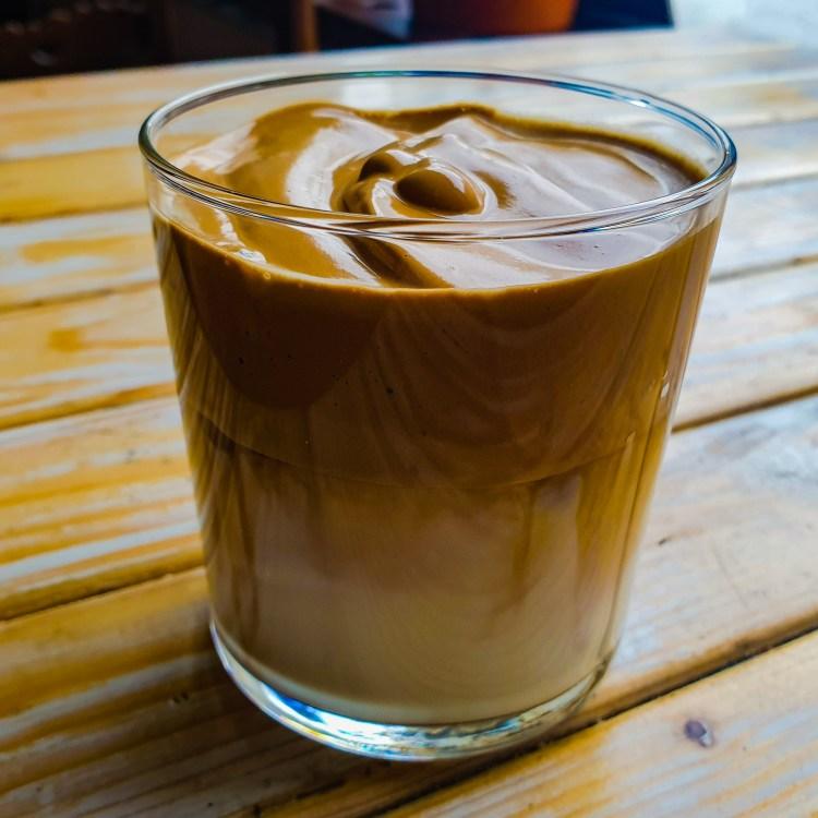 Dalgona kaffe enligt Farbror Nikos recept