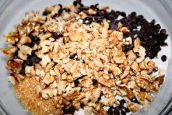 Biscotti con noci e gocce di cioccolato, farinaeuova