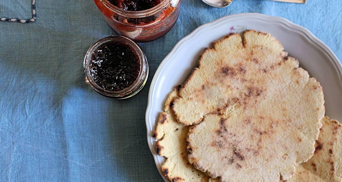 Piadina con farina di ceci e farina di cocco