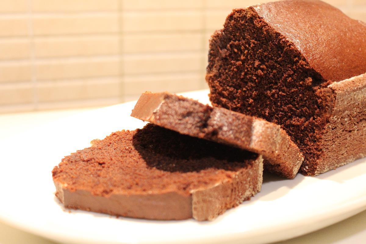torta al cacao con farina di mais e riso