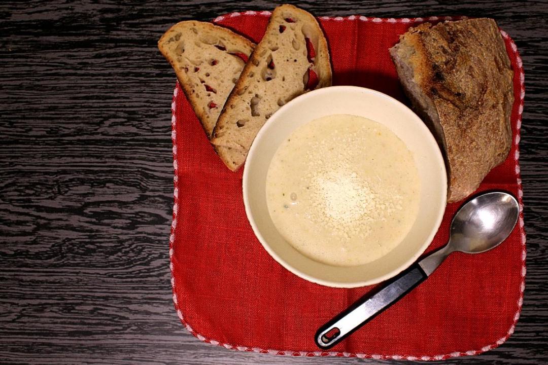 Crema di Avena una zuppa calda e nutriente