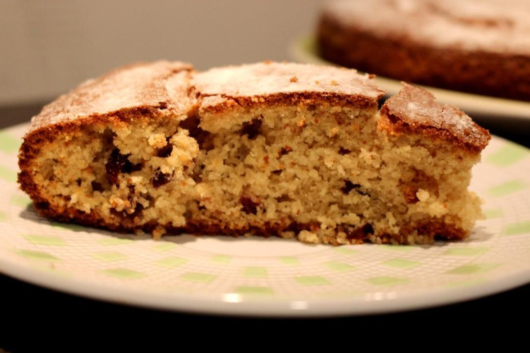 Torta con farina di avena e mirtilli