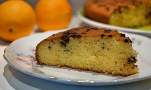 Torta all'arancia senza glutine con farina di riso