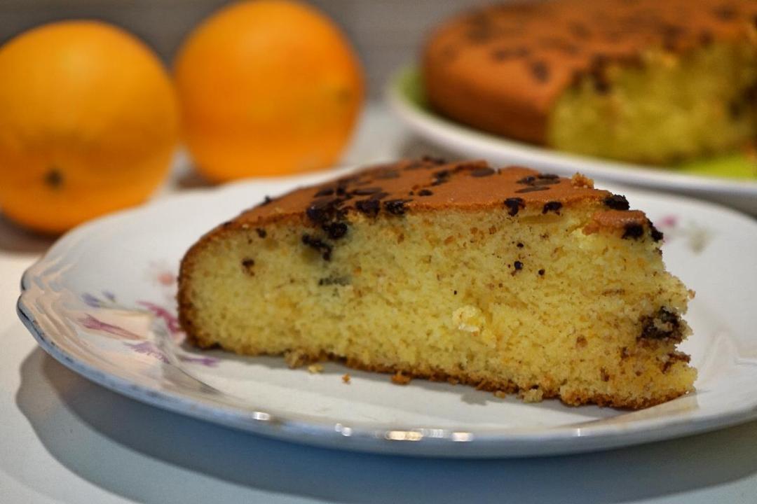 Torta all arancia senza glutine con farina di riso