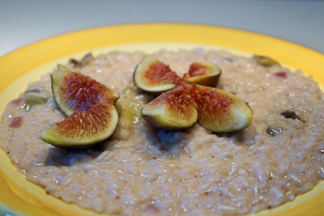 Risotto ai fichi e gorgonzola una ricetta settembrina