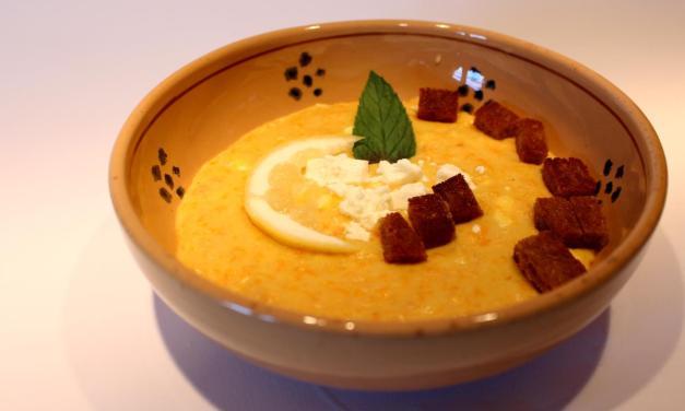 Zuppa farina di lenticchie feta e limone