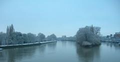 snow_thames