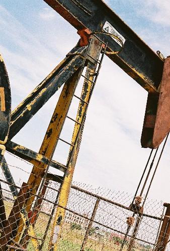 Oil Derrick by neillharmer.