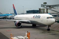 Delta Air Lines 767-332(ER) N194DN
