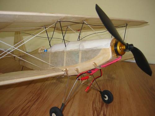 Aeroplane Lands in Suburban Garage
