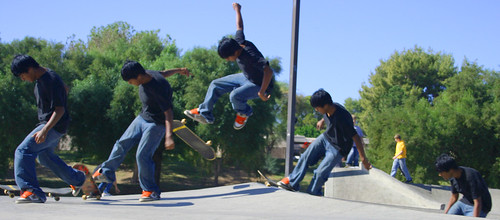 stromotion skateboarder