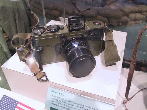 US ARMY Rangefinder camera 70mm - Graflex Combat Graphic by William J. Gibson, the Canuckshutterer