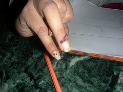 Ink on the finger = an X on a ballot (Pic: Tracy Hunter on Flickr)