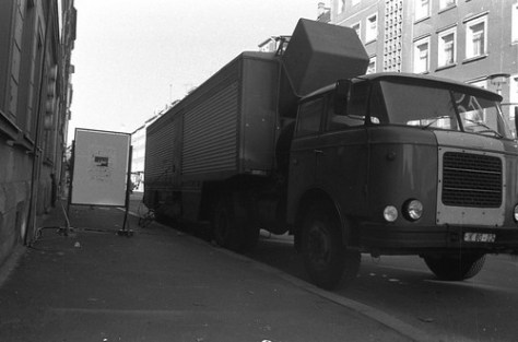 "Rundfunk Ü-Wagen, AG Geige 1987, Karl-Marx-Stadt <a style=""margin-left:10px; font-size:0.8em;"" href=""http://www.flickr.com/photos/18914704@N00/280012753/"" target=""_blank"">@flickr</a>"