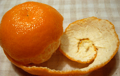 Two colours of mandarine, by anple