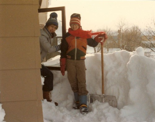 3 foot snow drifts on the roof