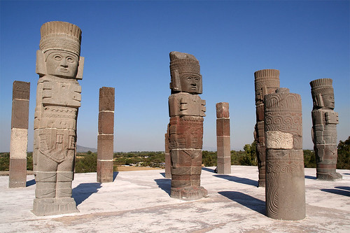 Statues at Tula