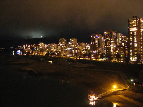 Vancouver | Night scene from Burrard Bridge