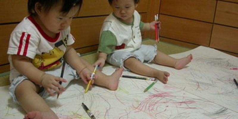 孩子的第一支畫筆