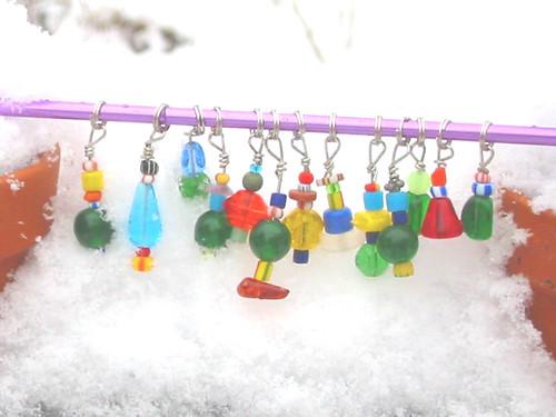 glass bead stitch markers 1