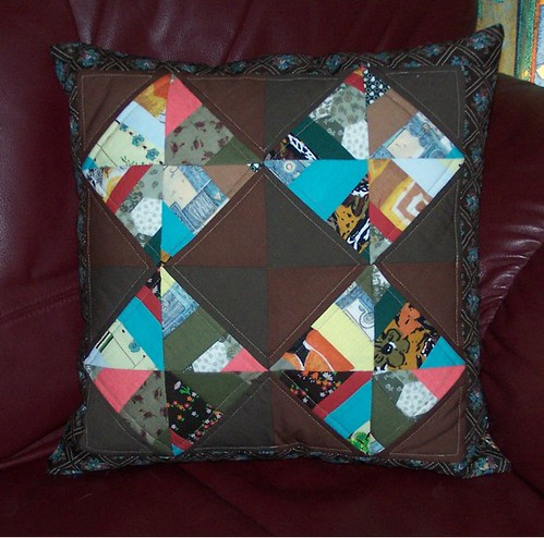 Diamond Strings Cushion