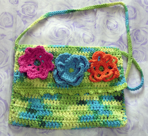 crochet purse created by patti haskins