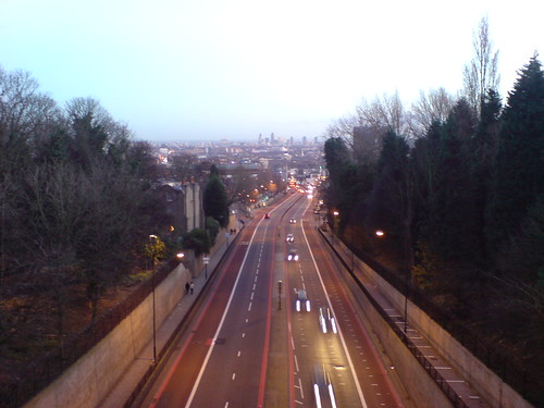 from Archway Bridge, by Martin Deutsch, under creative commons. Click pic for link to photostream.