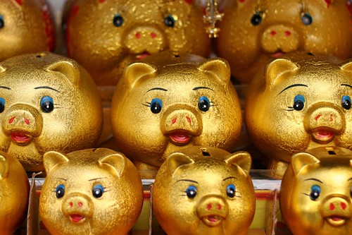 golden pigs by bebouchard