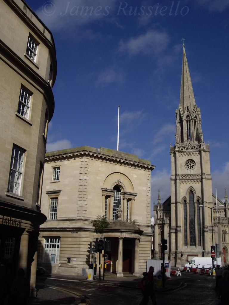 060924.05.Somset.Bath.Borthgate St. PostOffice and St. Michaels
