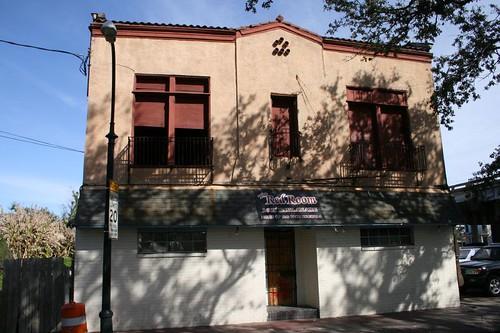 1605 Esplanade Ave. Facade