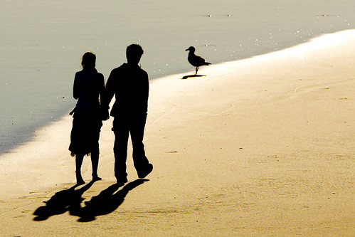 2-people-beach-shadows-003
