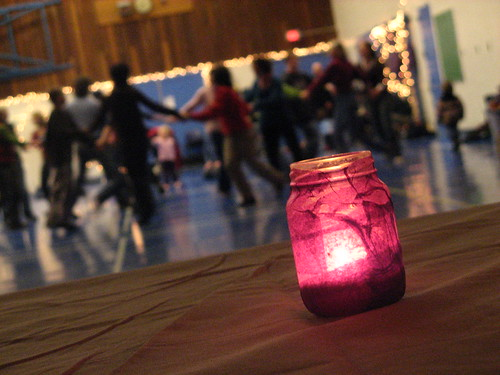 Vancouver | Squaredancing by candlelight