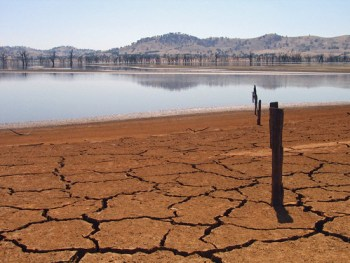 Lake Hume at 4%, Australia - Photo : Suburbanbloke